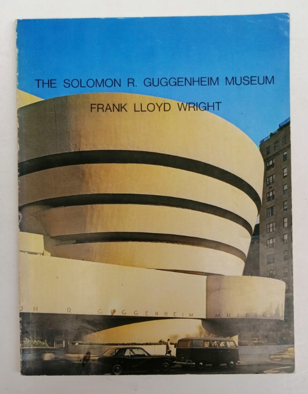 | The Solomon R. Guggenheim Museum New York - Frank Lloyd Wright Architect. With many pictures