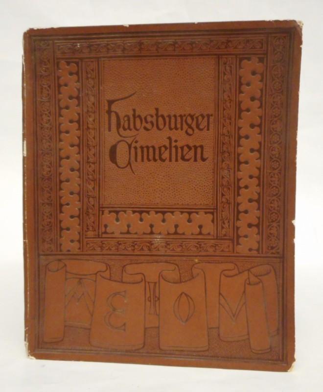 Ausstellung von Habsburger Cimelien.