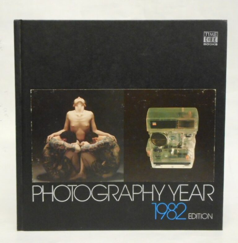 | Photography Year 1982. With many pictures.